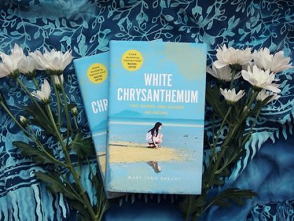 Review: White Chrysanthemum <br> by Mary Lynn Bracht