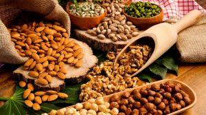 Frutta secca Come convivere con l'ipertensione