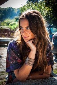 La ragazza delle meraviglie di Lavinia Petti Longanesi letturedikatja.com