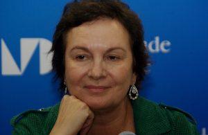 Cambieremo prima dell'alba Clara Sànchez Garzanti letturedikatja.com